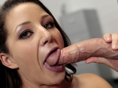 Yummy chick gets nude and sucks dick at the office